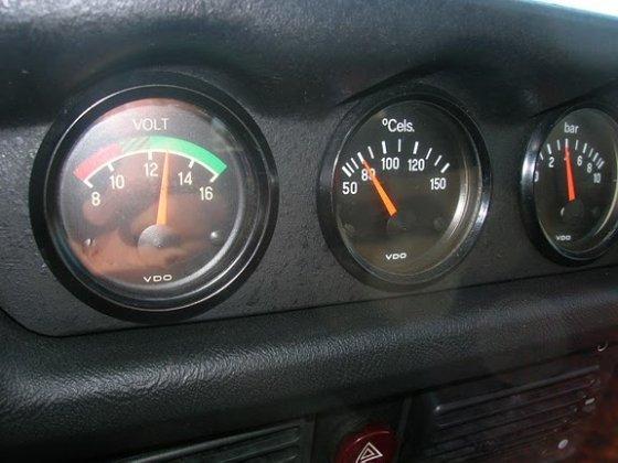 C1 extra gauges