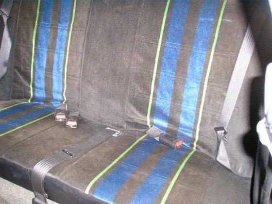 b6 backseat
