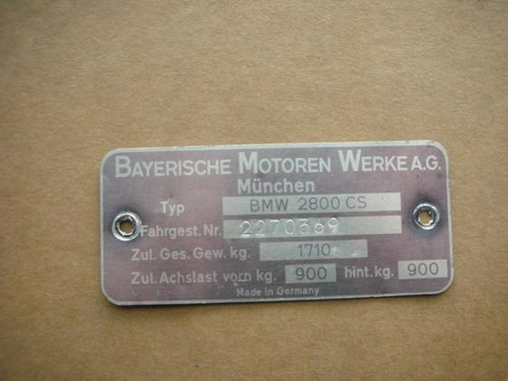2800CS VIN plate