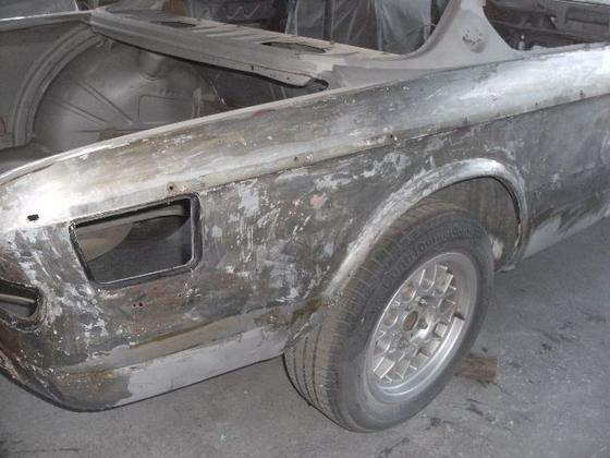 black CS R rear